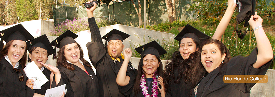 graduates at rio hondo college